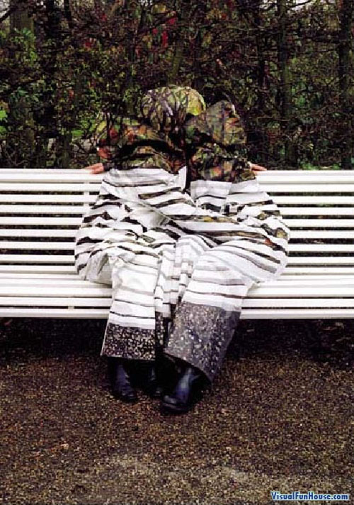 Camouflage Suits Body Paint - park bench Camouflage Suits