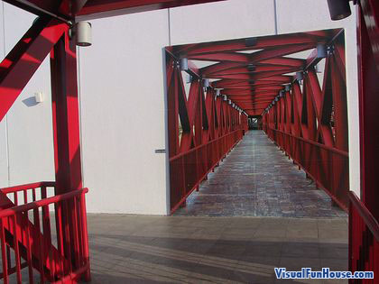 Bridge Optical Illusion