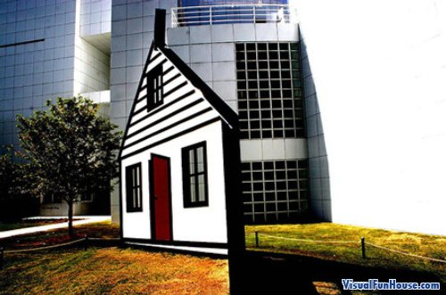 3D impossible house optical illusion