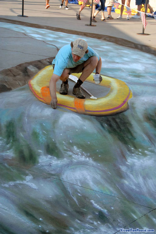 Julian Painting 3d Chalk art river raft