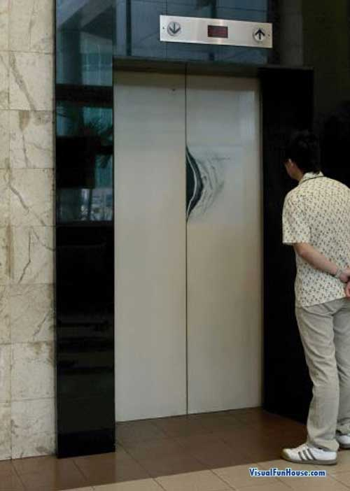 Six million dollar man cracked elevator optical illusion